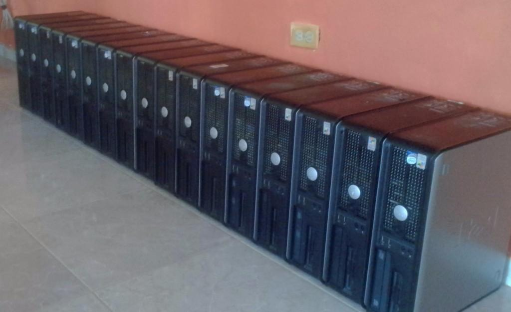 Lote De 10 Cpu Dell Disco 80gb 1gb Dvd Congreso
