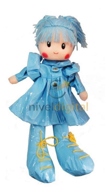 Muñeca De Tela Pepona 40 Cm Botas Vestido Lluvia Colgante