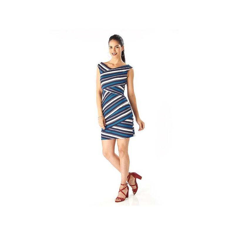 Vestido corto estampado de rayas  019230