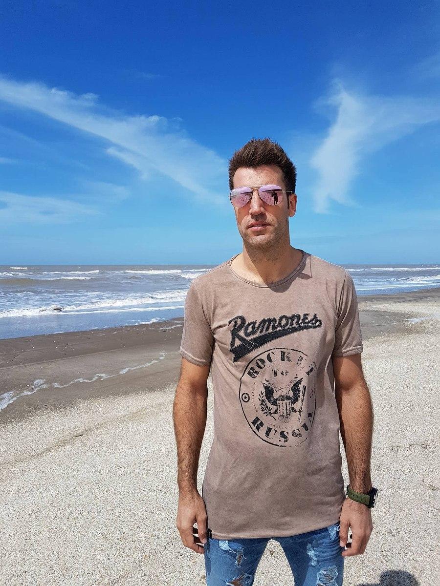 "Remera Ramones ""Rock in Russia"""