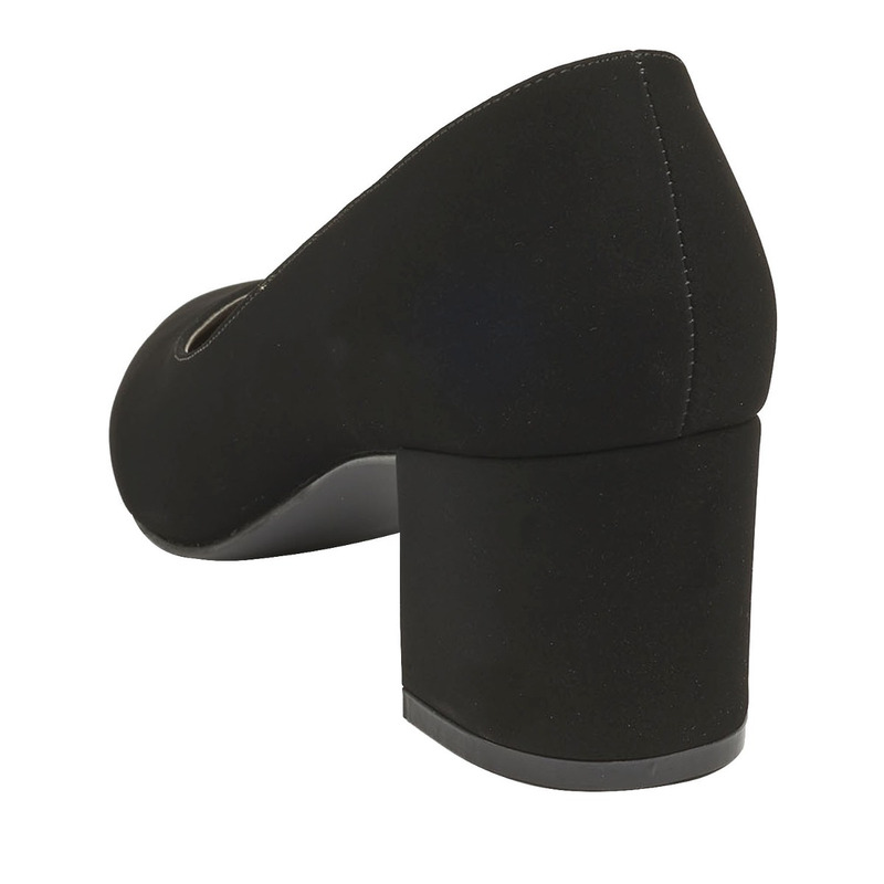 Zapatilla tacón negra 016415
