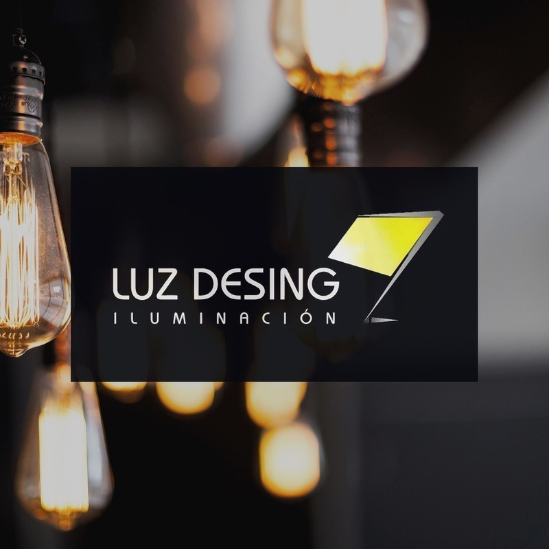 Plafon 4 Luces Vidrio Cuadrado Apto Led E-27 Deco Luz Desing