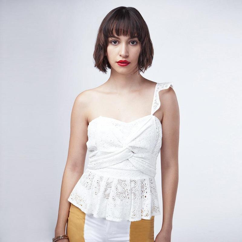 Blusa Blanca Con Frente Cruzado 019445
