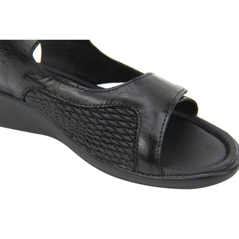 Sandalia De Piso Negra De Piel 020485