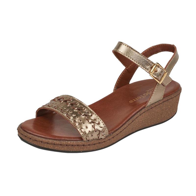 Sandalia plataforma dorada con pulseras 016731