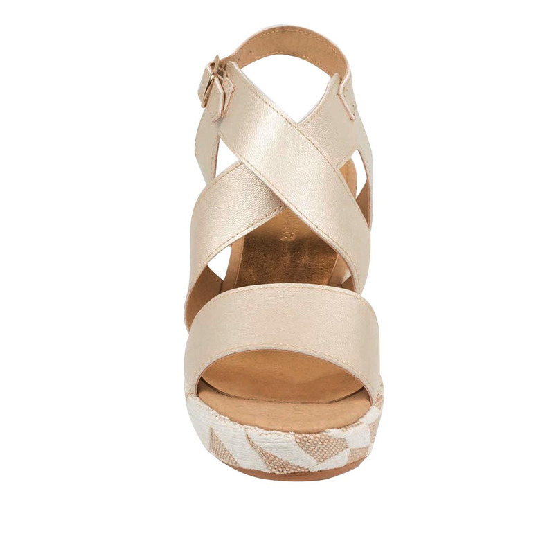 Sandalia tacón beige con blanco 016267