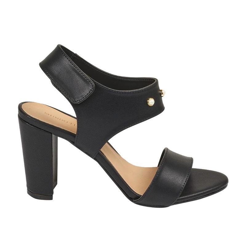 Sandalia tacón negra con perlas 016456