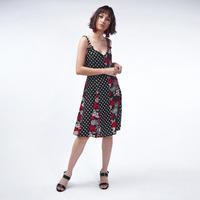 Vestido Negro Con Detalle Floral Y Puntos 017244