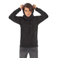 Sudadera negra con gorro 014592