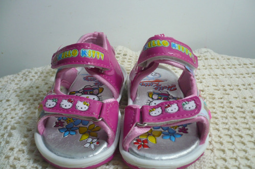 Sandalias Con Luces De Hello Kitty, Color Fuxia, Rosa